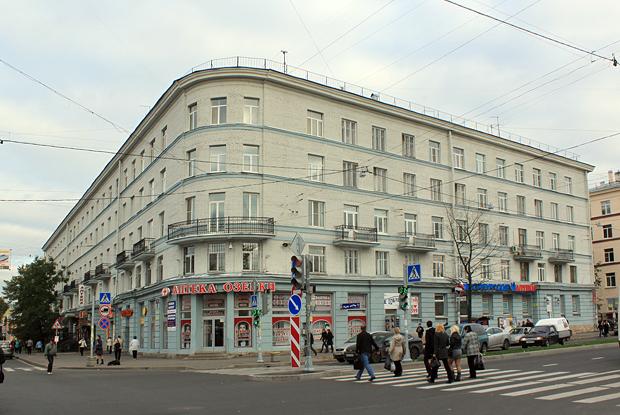 Закрывающие больницы в москве